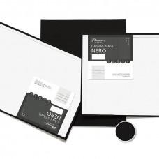 Čierne plátno na lepenke 30x40 cm